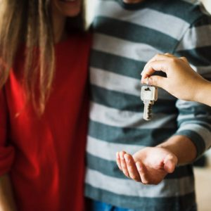 Broker vs Banker: How to Go About Your Mortgage